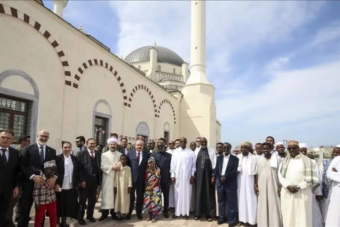 Bangun Masjid di Afrika, Cara Turki Tunjukkan Kekuatan Islam