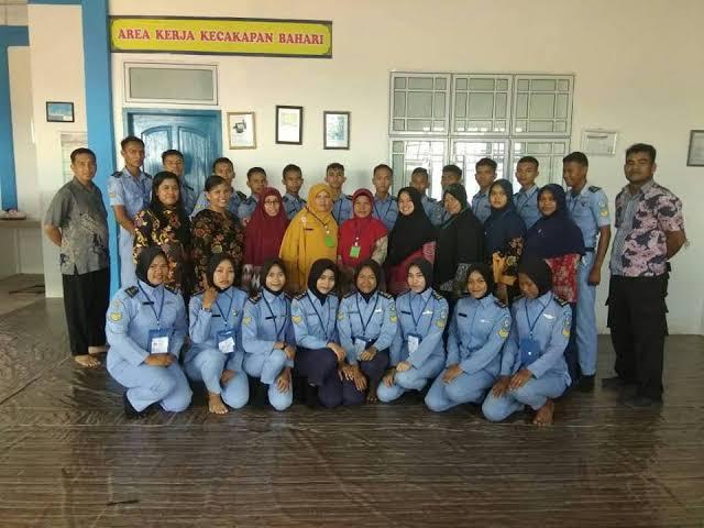 Sekolah SMK ada jurusan otomotif di Bintan