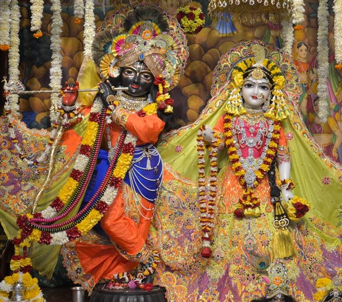 ISKCON Hare krishna mandir Ahmedabad 11 Dec 2016 (10)