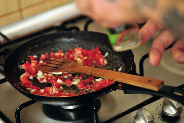 razvan anton ardei gras ceapa calita sunculita piper macinat