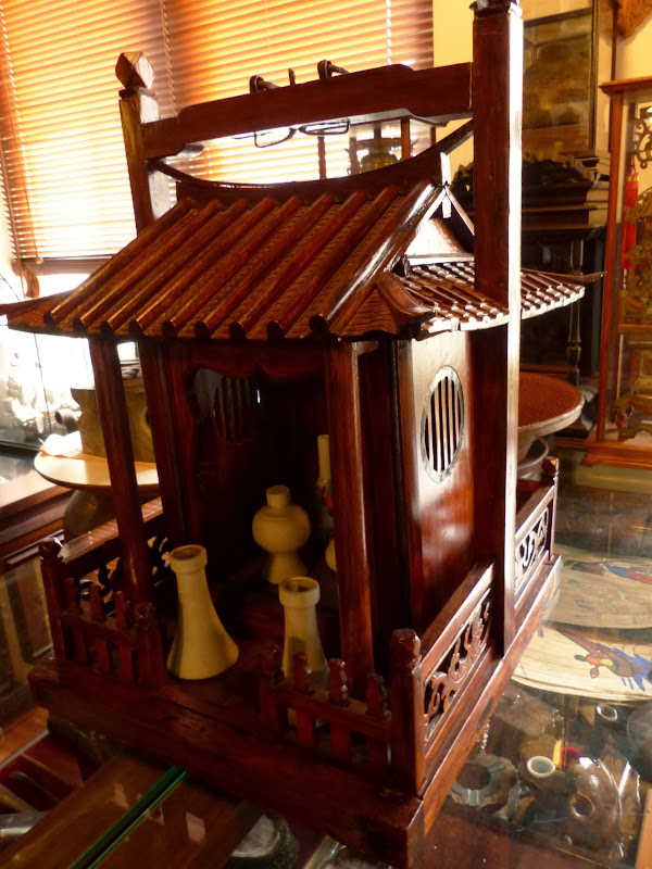 Taipei. Formosa Vintage Museum Cafe - P1030815.JPG