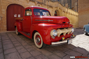 1952 Ford F1 Pickup Front