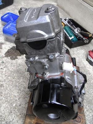 ボアアップしたFIカブ50のエンジン