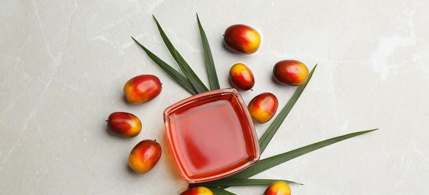 Olej palmowy naturalny w słoiku