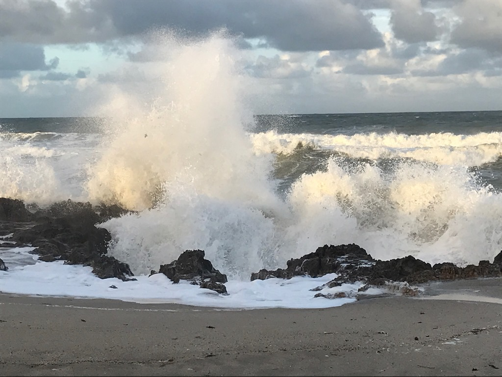 [Beach+Scene%5B4%5D]