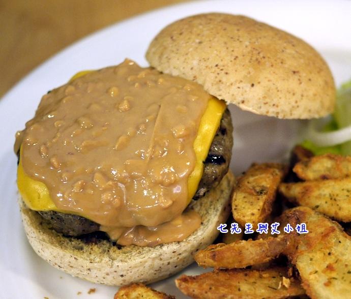 13 松山文創園區 PHAT Burger