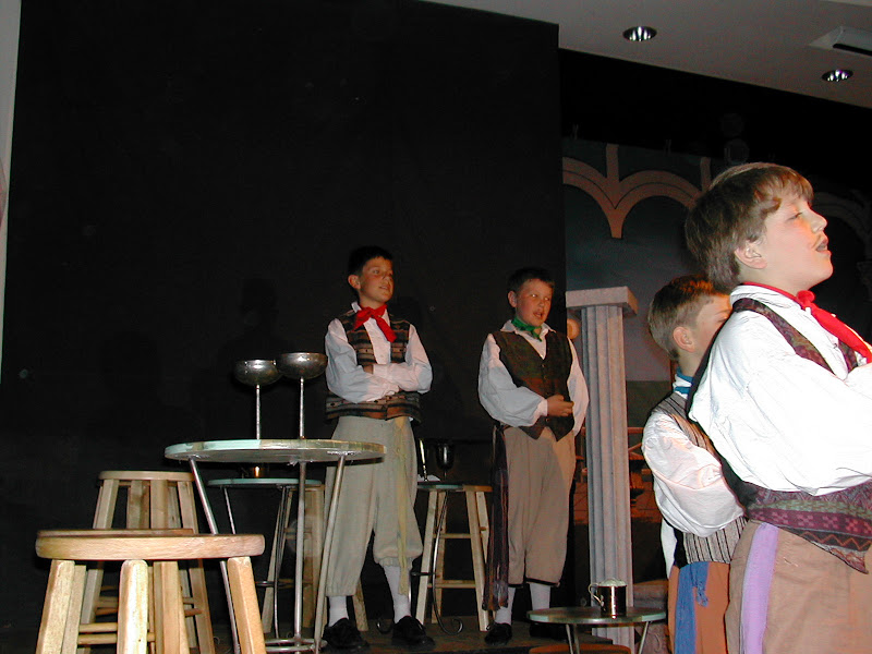2002 The Gondoliers  - DSCN0497.JPG
