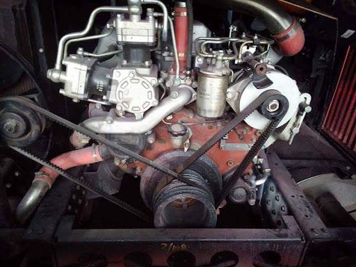 Keunikan Mesin Hino P11C Twin Compressor Dari SKS Malaysia Milik Bus Pariwisata Manhattan