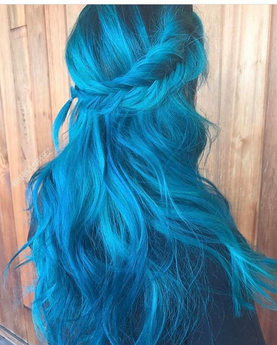 Blue Hairstyles For long Hair-It Is Different 2017 7