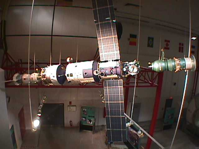 4100Mockup of Space Station
