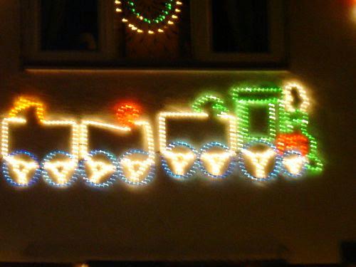 Christmas Lights 2005 - xmaslights2005077.jpg