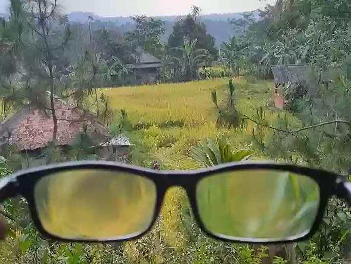 Cara melihat Indonesia yang sebenarnya