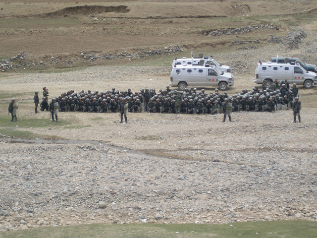 Chinese security forces in Namling Shigatse