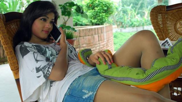desi girl in shorts