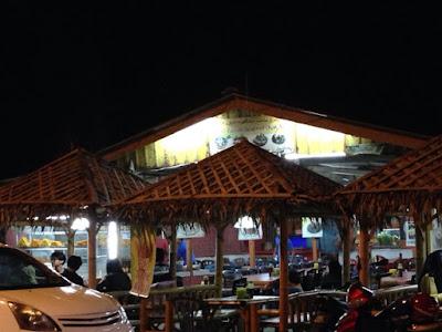 Wan Zainab Pantai Cahaya Bulan