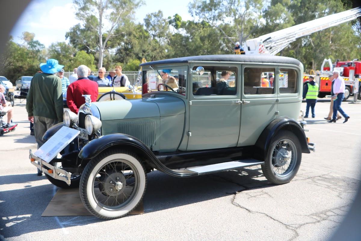 1928 Model A Taxi Cab 01.JPG