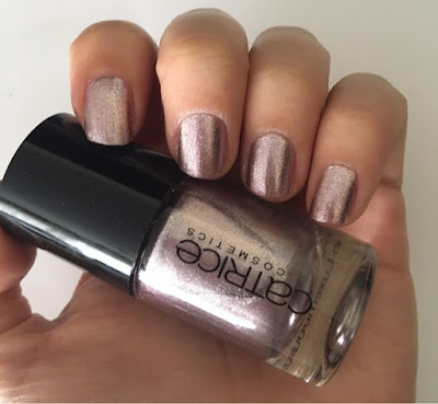 NOTD: Catrice Ultimate Nail Lacquer 62 Must- Have STEELetto Oje