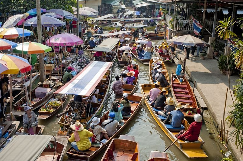 bangkok-floating-market-2