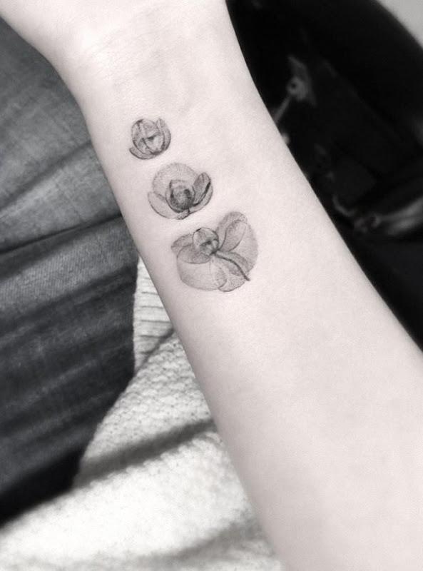 esta_floraço_de_orqudeas_tatuagem