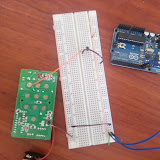 Overview picture of the breadboard prototype.