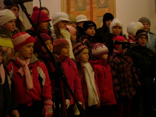 11.12.2012 Galakoncert v rámci 10. ročníku festivalu dětských pěveckých sborů - DSC06908.JPG