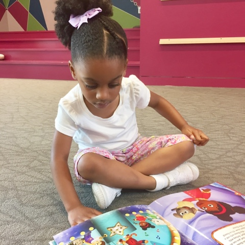 Reading library atlanta georgia th dailyaprilnava black brown girl natural hair top mom mommy blogger stay at home mom
