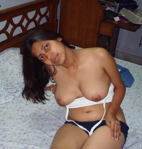 Real Life Indian Girl Complete Nude Images Set Daily 8 Imgs