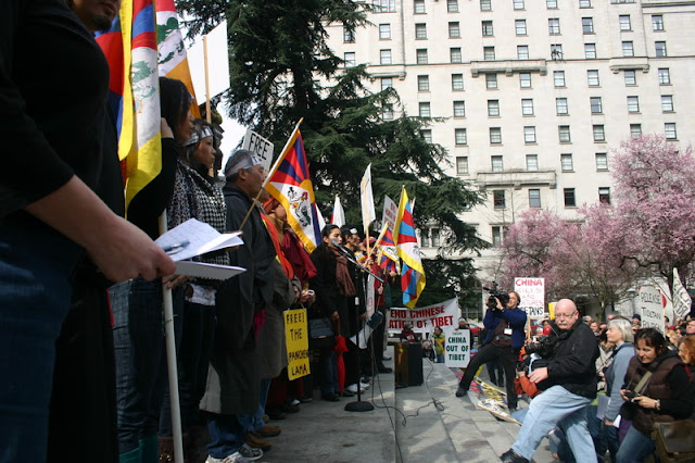 Global Protest in Vancouver BC/photo by Crazy Yak - IMG_0039.JPG