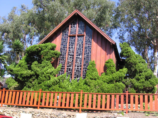 St. Peter's Del Mar Oiled Natural Redwood