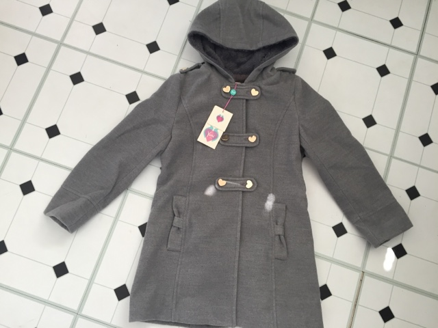 yumi-girl-grey-coat