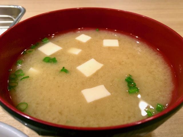 豆腐入りの味噌汁
