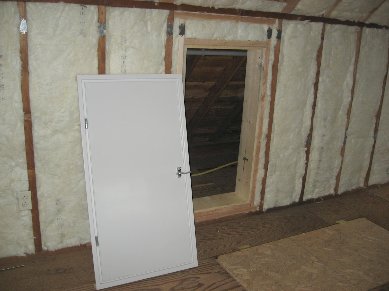 how to put insulation before putting up dry wall