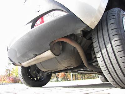 Lancia Ypsilon EcoChic. Zbiorniki CNG zostały umieszczone pod podłogą pojazdu