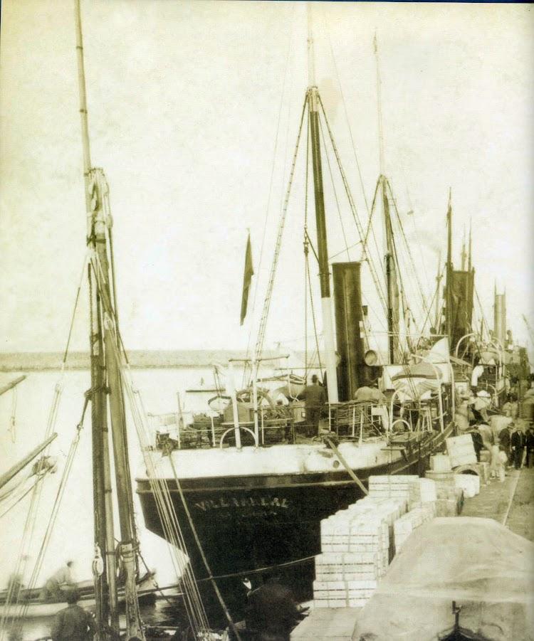Vapor VILLARREAL en Gandia. Ca. 1900. Del libro Historia del Port de Gandia..jpg