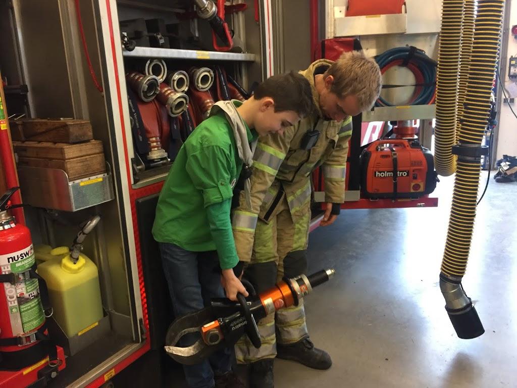 Welpen - Bezoekje aan Brandweer s-Graveland 11-02-2017 - IMG_2966.JPG