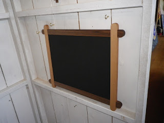 黒板とコルクボード(両面)blackboard and corkboard both sides