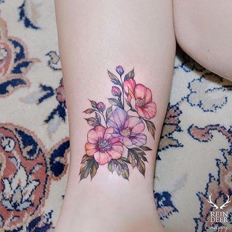 esta_delicada_aquarela_flor_da_tatuagem