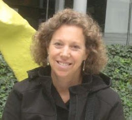 Elizabeth Reis Portrait