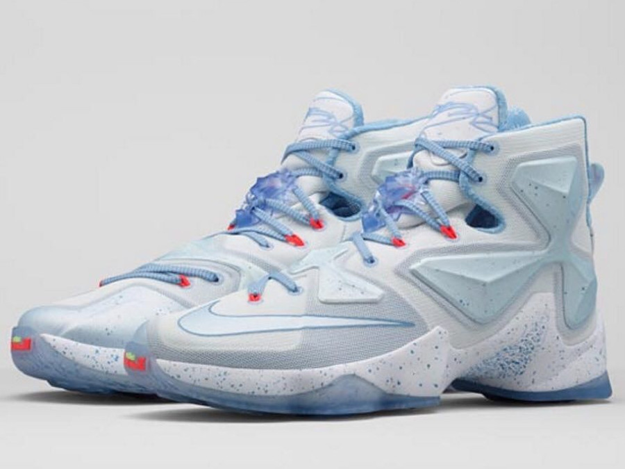 online retailer 86d05 97b82 First Look at the Fire amp Ice LeBron 13 for Christmas