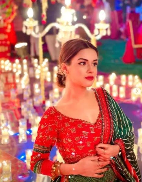 Avneet Kaur image