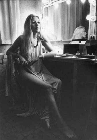 Maxine Preparing For A Ritual Hendon 1971, Maxine Sanders