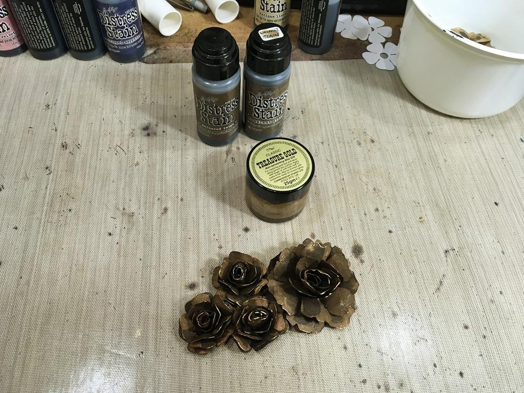 [38+Dark+Brown+Roses+Complete%5B5%5D]