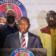 EE.UU. aclara que no reconoce a ningún político como líder legítimo de Haití
