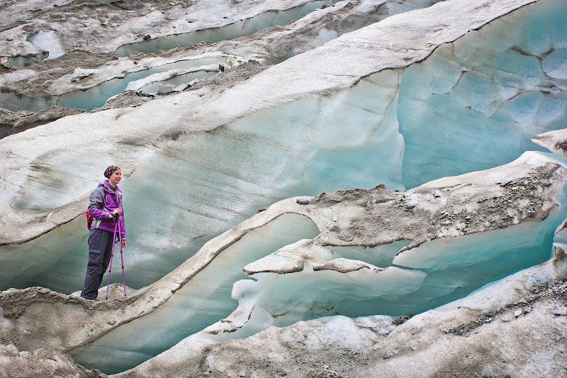 Вика на леднике Ушбы