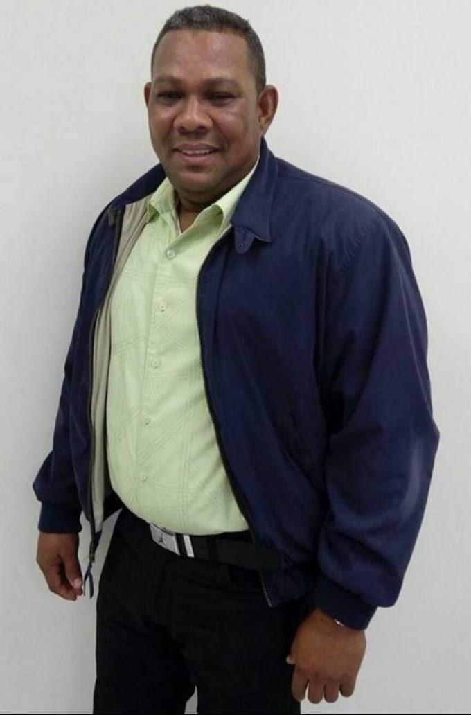 Intendente del Cuerpo de Bomberos del Municipio de Cabral Nelson Feliz desmiente haya recibido donación de herramientas