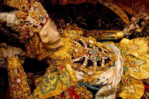 Exclusive Meet The Fantastically Bejeweled Skeletons Of Catholicisms Forgotten Martyrs