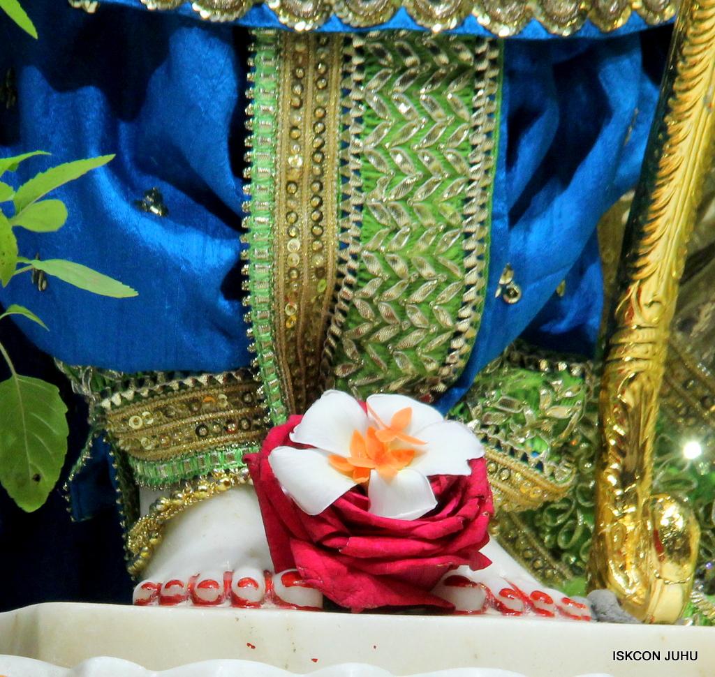 ISKCON Juhu Mangal Deity Darshan on 5th Sep 2016 (17)