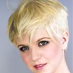 simples-blonde-hairstyle-027.jpg