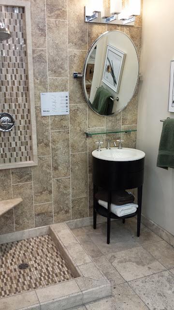Bathrooms - 20140204_093105.jpg