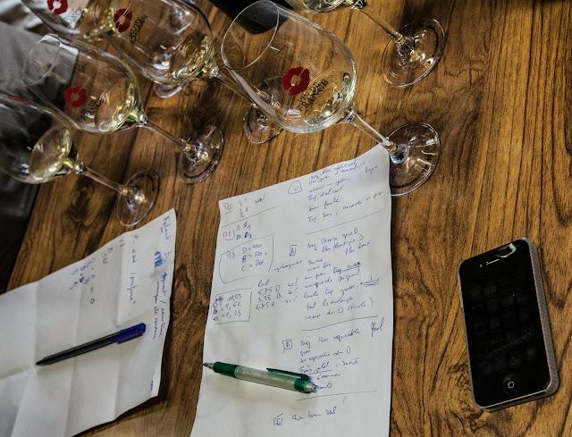 Assemblage des chardonnay milésime 2012. guimbelot.com - 2013%2B09%2B07%2BGuimbelot%2Bd%25C3%25A9gustation%2Bd%25E2%2580%2599assemblage%2Bdu%2Bchardonay%2B2012%2B136.jpg
